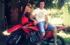 """Fingió estar interesado en comprarla, subió a la moto para """"probarla"""" y huyó"""