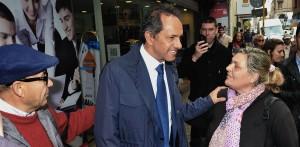 """Scioli instó a """"llevar adelante un gobierno de unidad nacional"""" y a potenciar el desarrollo industrial"""