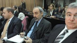 AMIA: el juicio por encubrimiento del atentado se inició con Menem ausente y Anzorreguy internado