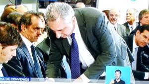 Passalacqua firmó un nuevo acuerdo de refinanciación de deudas con la Nación