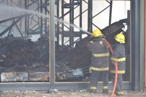 """Supermercado incendiado en Oberá: """"Nuestra preocupación ahora es la gente que se quedó sin trabajo"""""""