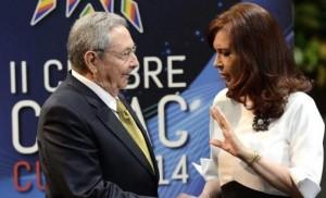 Cristina se reunió con su par Raúl Castro en el Palacio de la Revolución