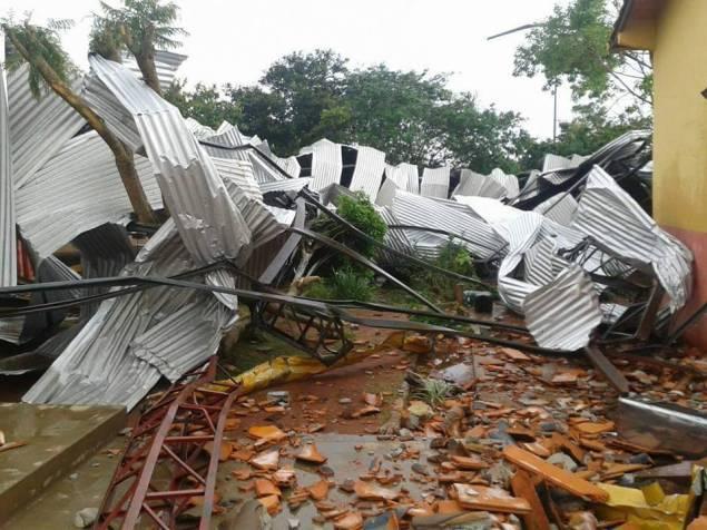 Temporal deja destrozos y cortes de energía a varias localidades paraguayas