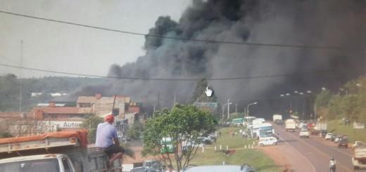 Incendio destruyó por completo a un supermercado mayorista de Oberá