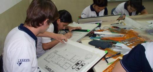 Con la llegada de 800 estudiantes técnicos comienzan las olimpiadas de construcciones en Iguazú