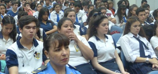 La policía trabajará con las escuelas para prevenir la violencia y la inseguridad