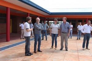 Jacobo visitó la obra del nuevo edificio del IEA 9 de Aurora