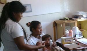 Prosiguen los controles de salud en aldeas aborígenes
