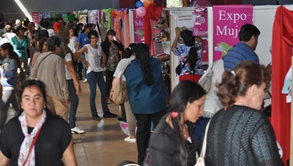 Expo Mujer 2015: emprendedoras con tres historias de piedra, papel y madera