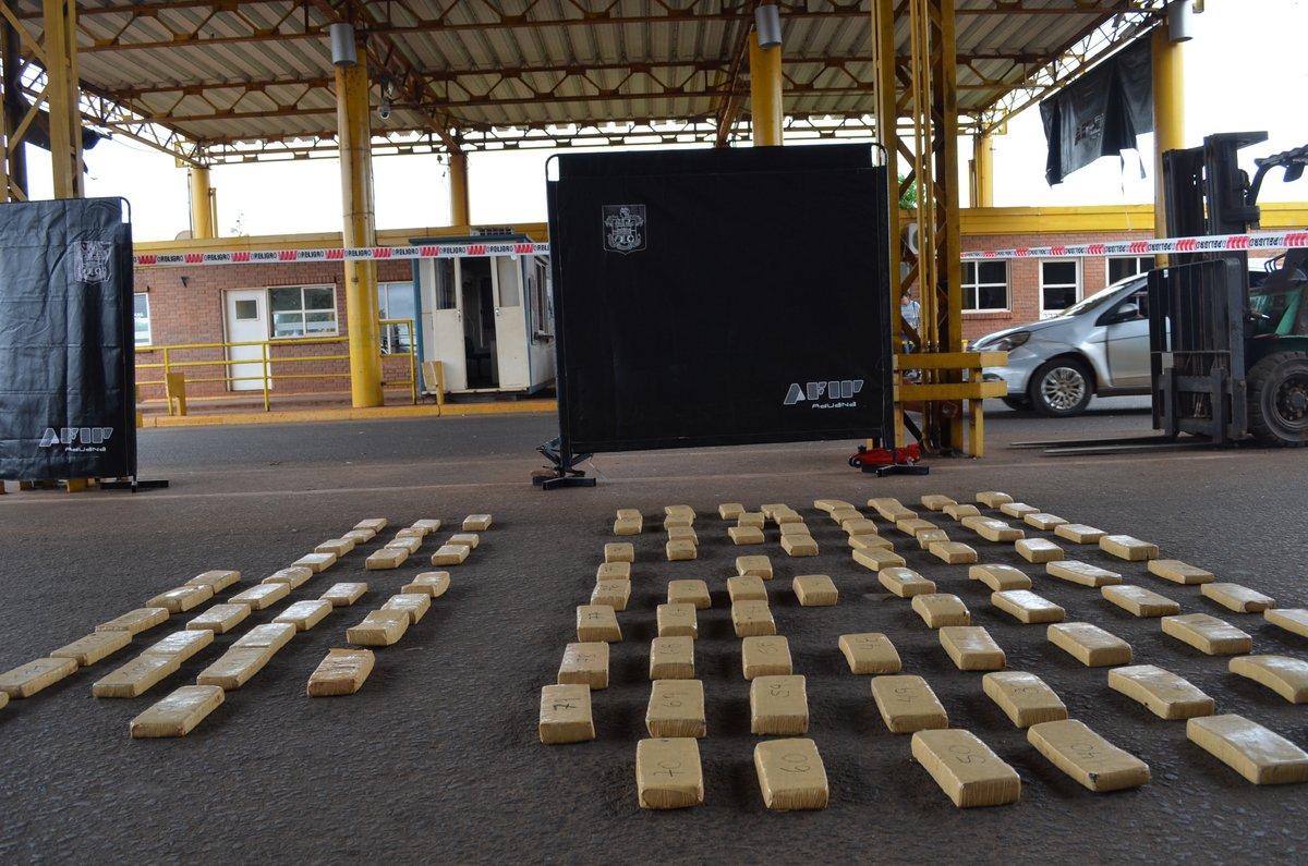 La AFIP secuestró más de 80 kilos de marihuana en el puente Posadas-Encarnación