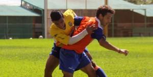 Crucero ensayó con la cuarta división y volvió a brillar Adrián Alegre, que metió dos goles