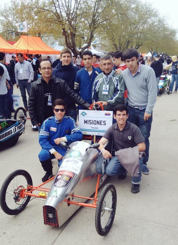 Alumnos de la EPET 1 de Posadas ganaron la última carrera del Desafío Eco