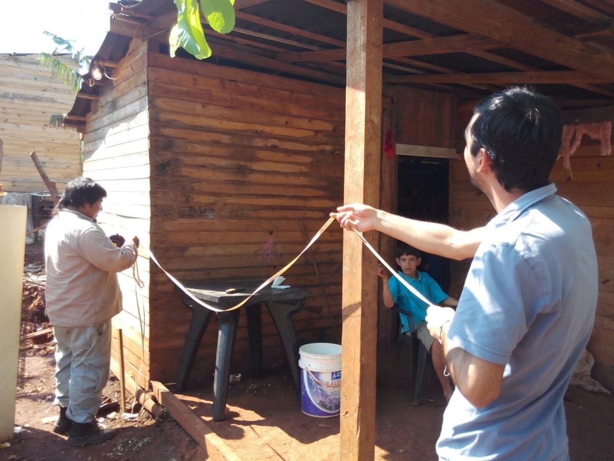 Diez familias participantes del Hogar de Día de Iguazú fueron beneficiadas con el Plan Techo