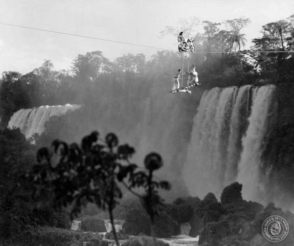 Las Cataratas del Iguazú siempre atrajeron a los aventureros del mundo