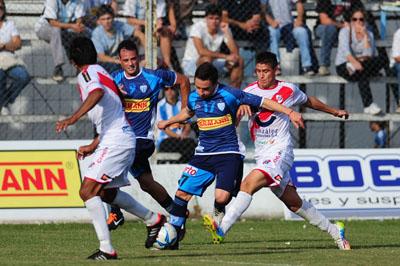 Guaraní cayó 1 a 0 ante Juventud Unida y, por ahora, sigue fuera de la zona de descenso