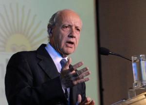 Roberto Lavagna aclaró que no votaría por Macri