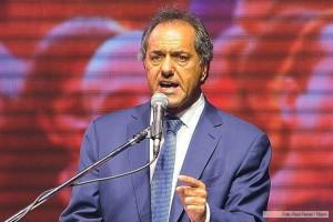 Scioli llamó a alcanzar la unidad de todo el peronismo y sectores que integra el FpV