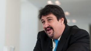 """Closs reconoció que la elección """"está tirando para difícil"""" para Scioli"""