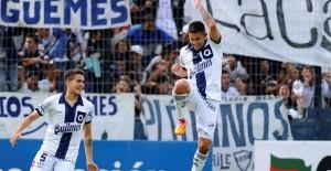 Huracán perdió con Quilmes 2 a 1 y deberá esperar a la última fecha para ver si se salva del descenso