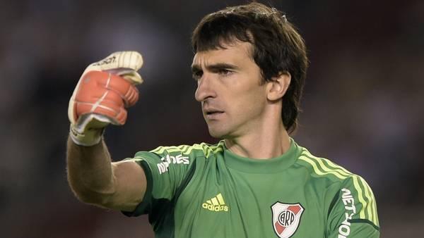 Marcelo Barovero recibió el premio al mejor arquero de la Copa Libertadores