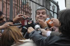 """Aníbal Fernández y Marcos Peña tuvieron un primer encuentro """"muy positivo"""" para organizar la transición"""