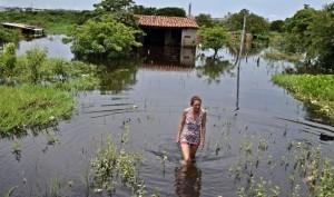 Inundaciones: Con 90 mil evacuados en Asunción, prevén que el 2016 podría ser peor
