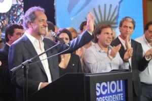 """Scioli dijo que lo van a promover como """"presidente honorario"""" del PJ en Provincia de Bs As"""