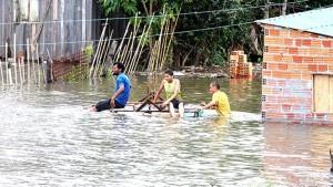 Por las inundaciones: ya son más de 170.000 los evacuados en Paraguay, Argentina, Brasil y Uruguay
