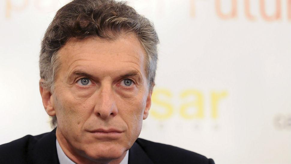 El medio aguinaldo pagará Ganancias, dijo Macri