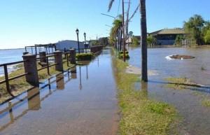 Inundaciones en Corrientes: los ríos están en baja o estacionados pero no disminuyen los evacuados