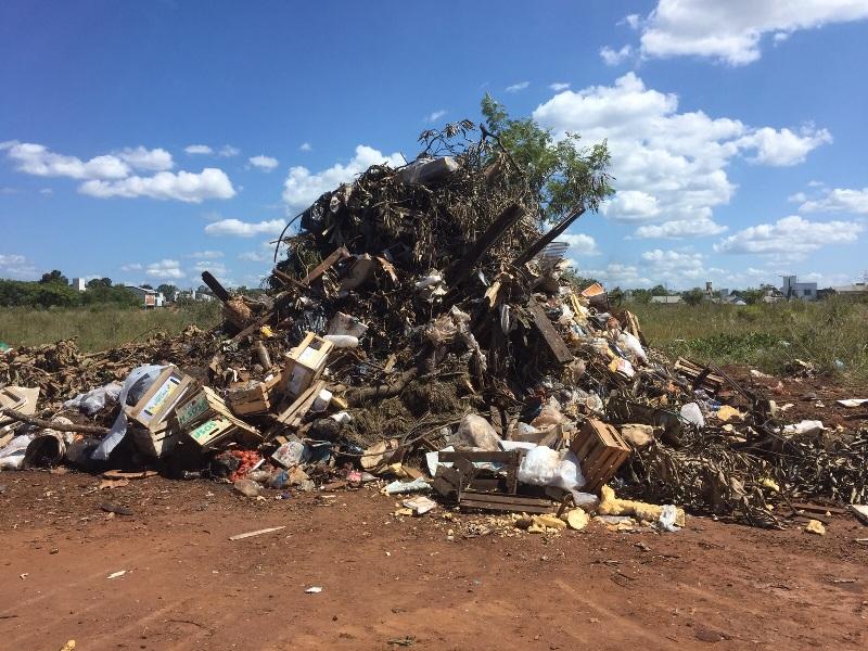 La municipalidad de Posadas recibe hasta 120 denuncias por día por baldíos sucios