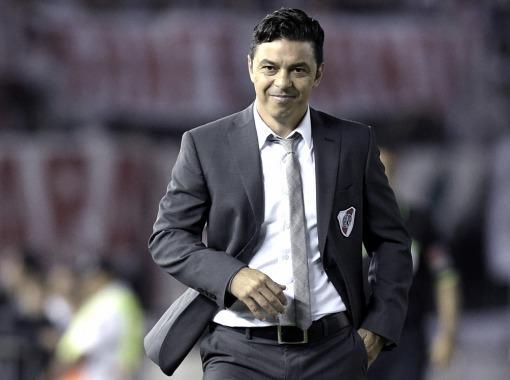 Gallardo: «tenemos esperanzas de que Alario y Maidana lleguen»