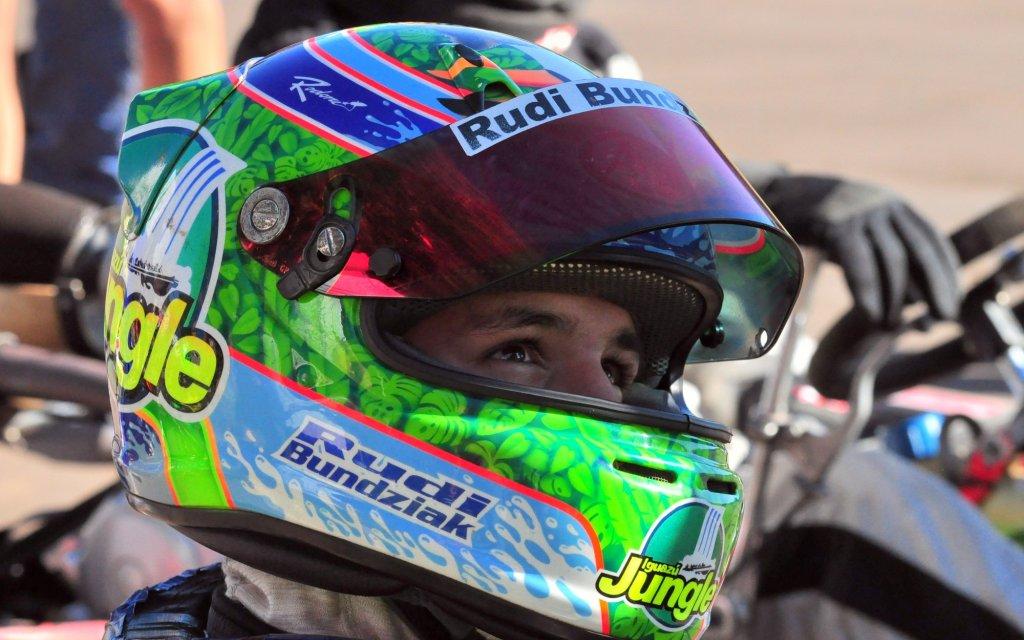 Rudito Bundziak ganó el Endurance de Karting en Alem