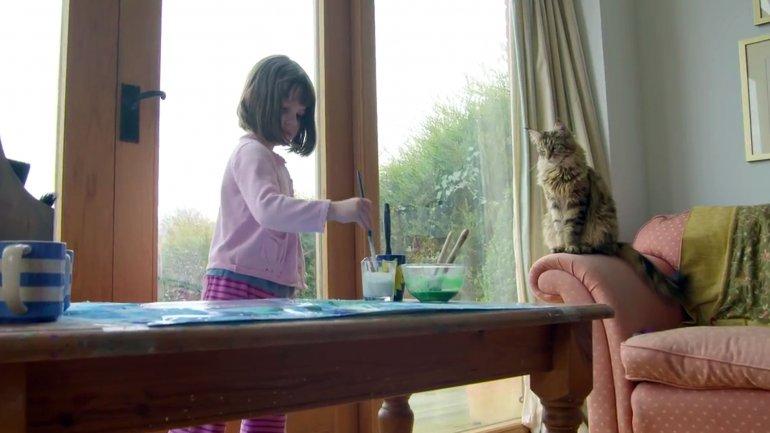 Iris Grace y Thula, la increíble historia entre una niña autista y su inseparable gato