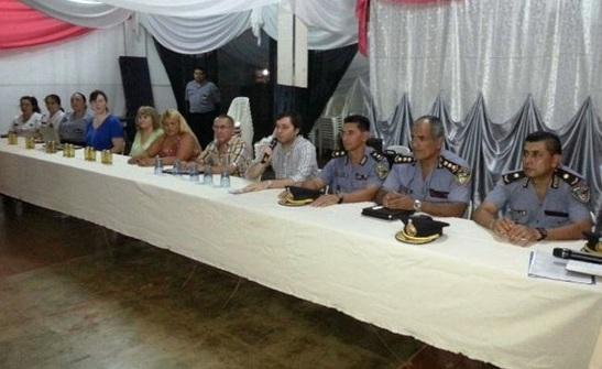Se realizó una reunión con Foros de Seguridad en el barrio Independencia
