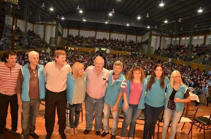 Con rotundo éxito cerró el II Congreso Sindical de la UDPM en Capioví