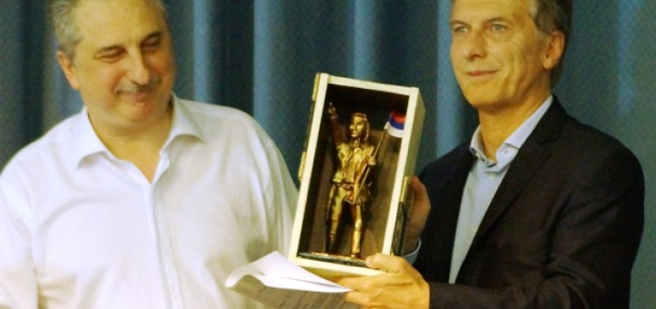 Macri pasó por Posadas y ratificó la continuidad del tarifazo eléctrico