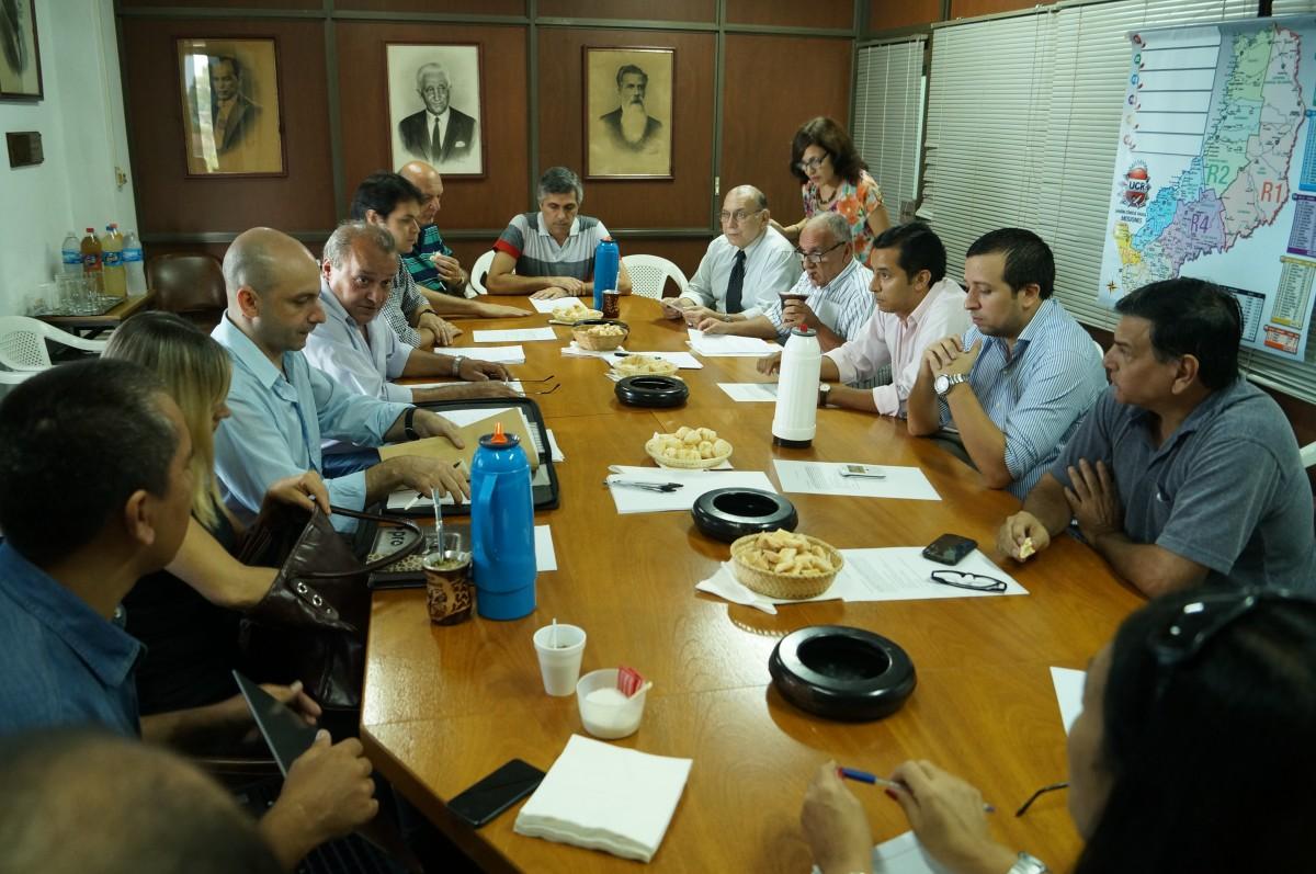 Opositores plantean una reforma política que incluya la boleta única y elimine la ley de Lemas