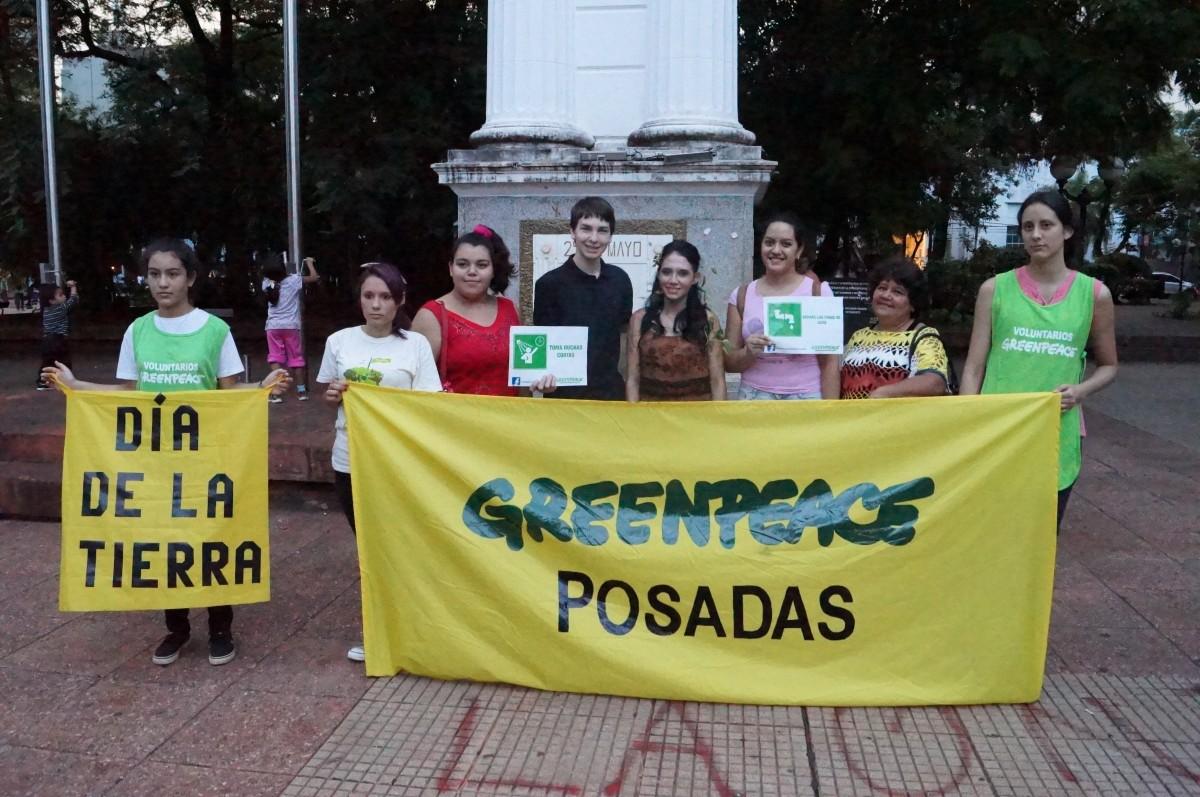 Voluntarios de Greenpeace Posadas celebraron el día de la Tierra