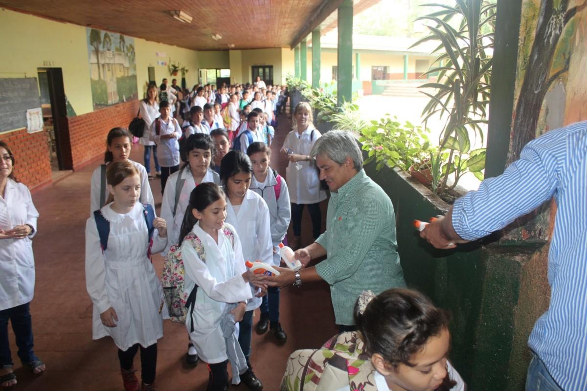 Desarrollo Social de Nación aporta en la lucha contra el dengue en Misiones