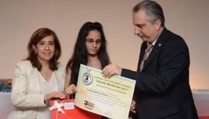 Capioví: Sabrina Pavón es la ganadora de la beca por mejor promedio de escuelas técnicas de Misiones