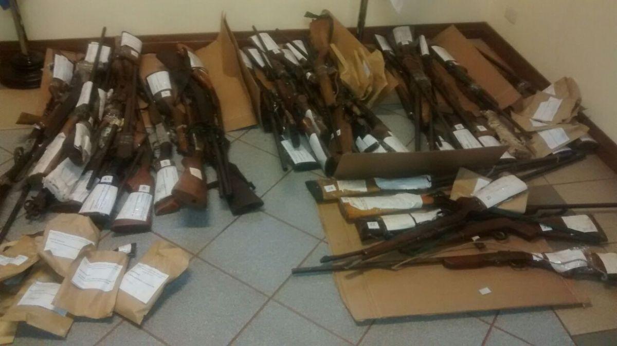 Ordenan la inutilización de casi 300 armas decomisadas en Iguazú en los últimos años