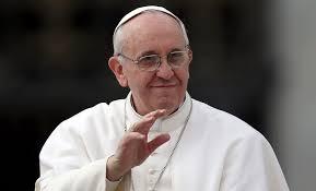 """El Papa Francisco criticó a quienes juzgan """"al pobre que les pide una moneda para el vino"""""""