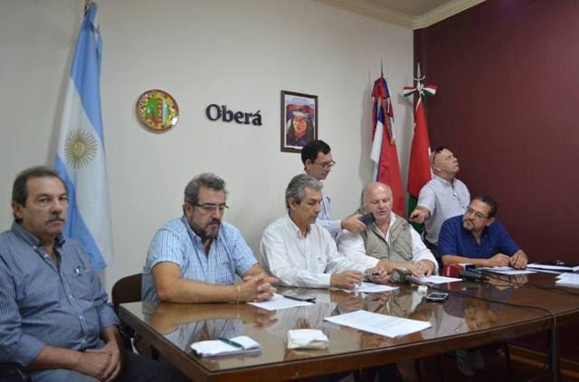 Salud y Municipio llevan adelante un intenso operativo integral de saneamiento en Oberá
