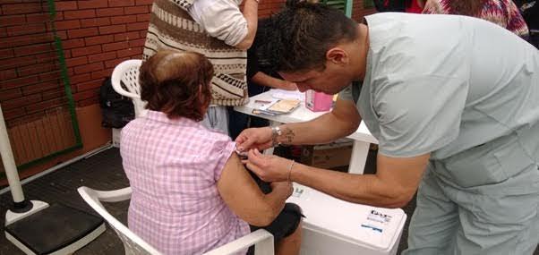 Los CAPS municipales disponen de las vacunas para prevenir la Gripe A