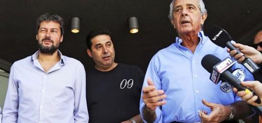 Angelici, D'Onofrio y Lammens renunciaron al Comité Ejecutivo de la AFA
