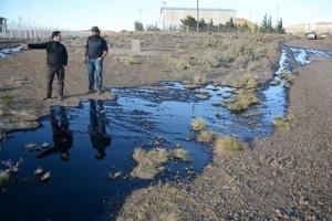 Un paro frenó la producción de YPF en Chubut y Santa Cruz: hubo derrames de petróleo