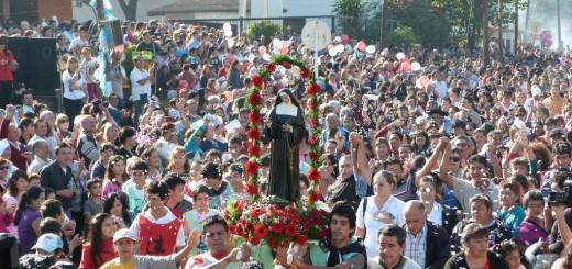 Mañana se realiza la tradicional procesión hasta la Parroquia Santa Rita