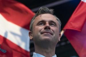 Una polarizada Austria elige presidente entre un ultraderechista y un ecologista