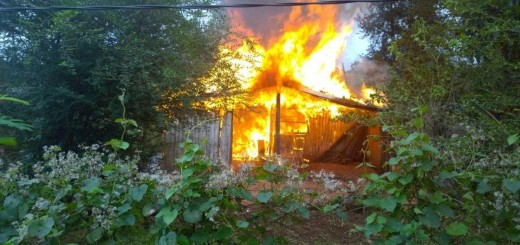 Se incendió una vivienda humilde en el barrio Belén y sus ocupantes perdieron todo